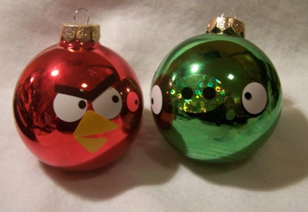 Decorar Arbol de Navidad con Adornos de Angry Birds