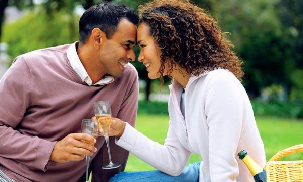 La Fidelidad del Matrimonio, Ayuda Mucho a las Parejas