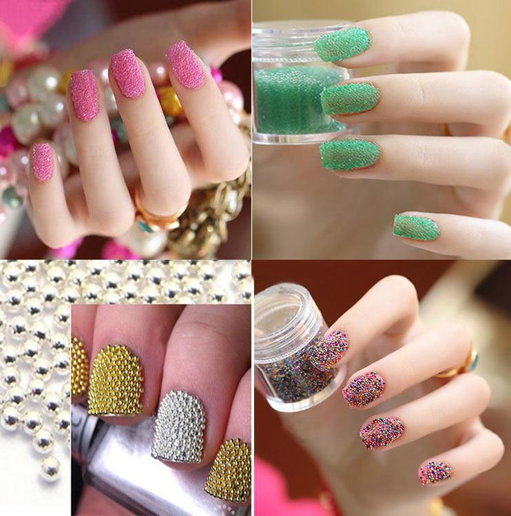 imagen uñas decoradas con perlitas