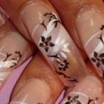 decoración de uñas en flores