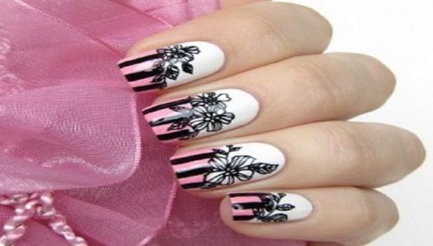 foto uñas decoradas de flores