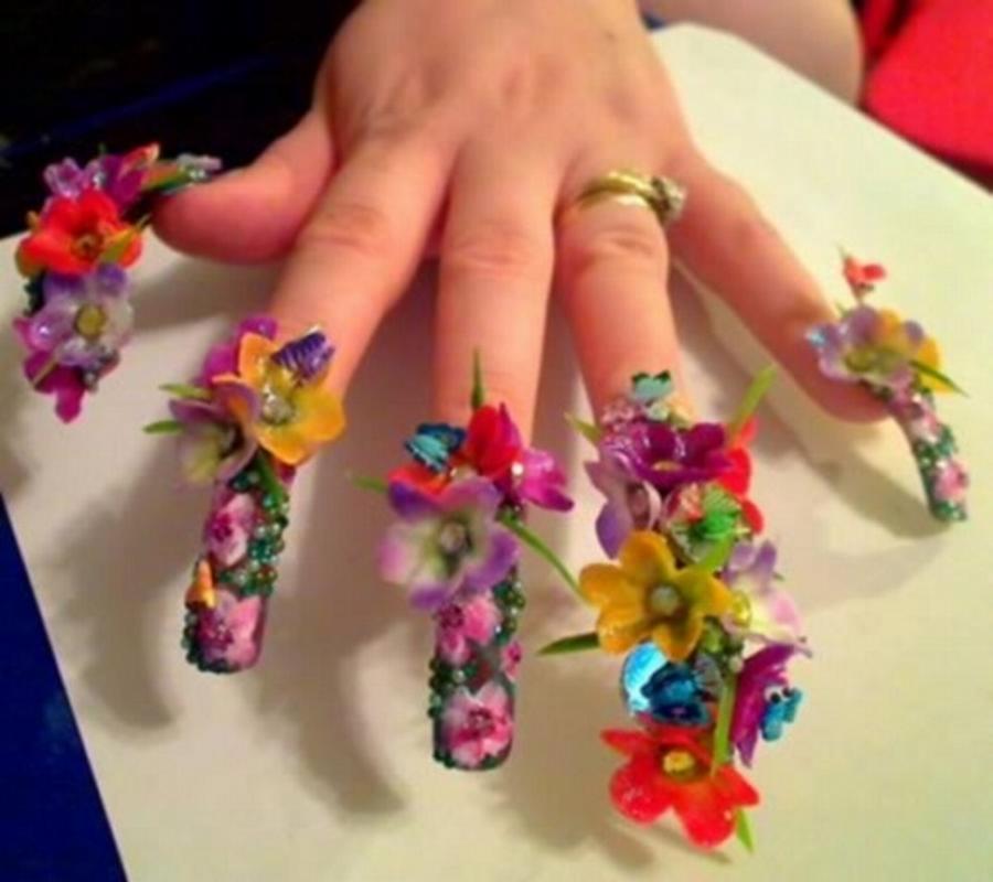 uñas largas decoradas